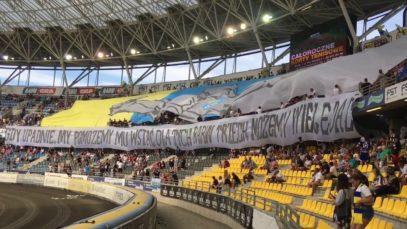 """""""GDY UPADNIE, MY…"""" – oprawa Apatora Toruń na meczu z Falubazem (25.08.2019 r.)"""