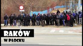 """""""Jesteśmy zawsze tam…"""" – kibice Rakowa pod stadionem w Płocku   13.03.2021"""